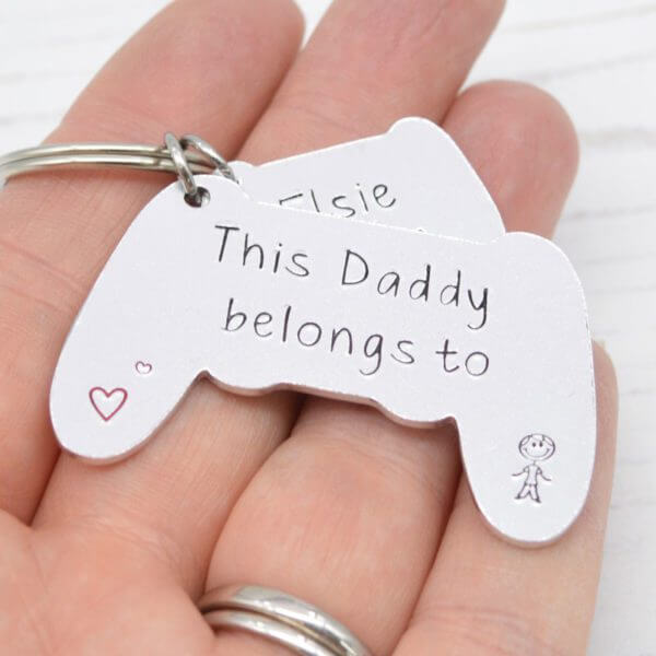 Stamped With Love - Daddy belongs to Controller Keyring